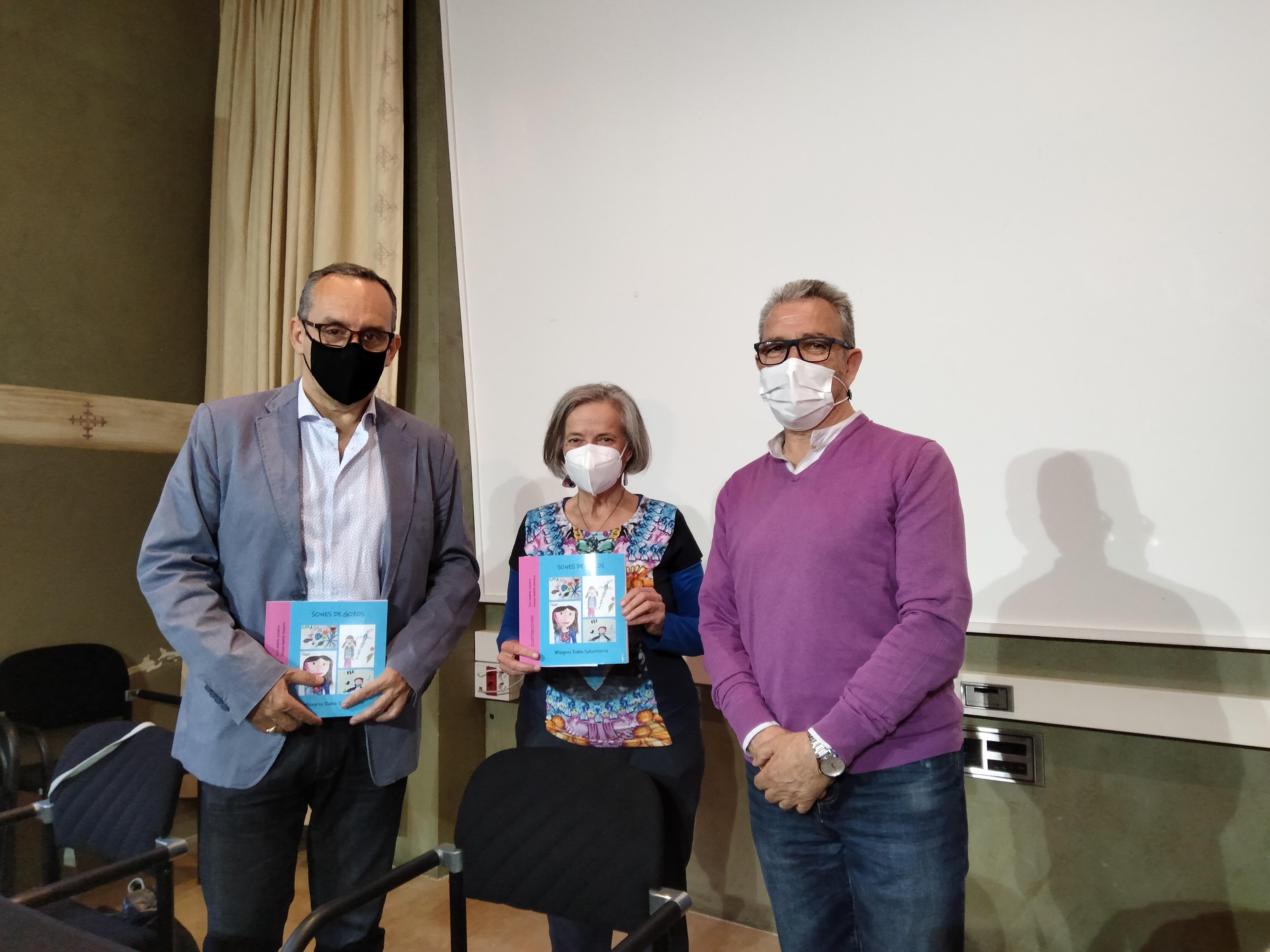 La tudelana Milagros Rubio presenta su libro